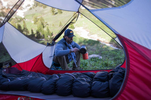 Best Backpacking Sleeping Bag Review